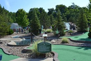 Miniature Gold Outing Image July 2015.jpg